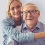Пенсионер с девушкой
